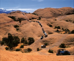 Caravan 4x4 Vehicles on Hells Revenge